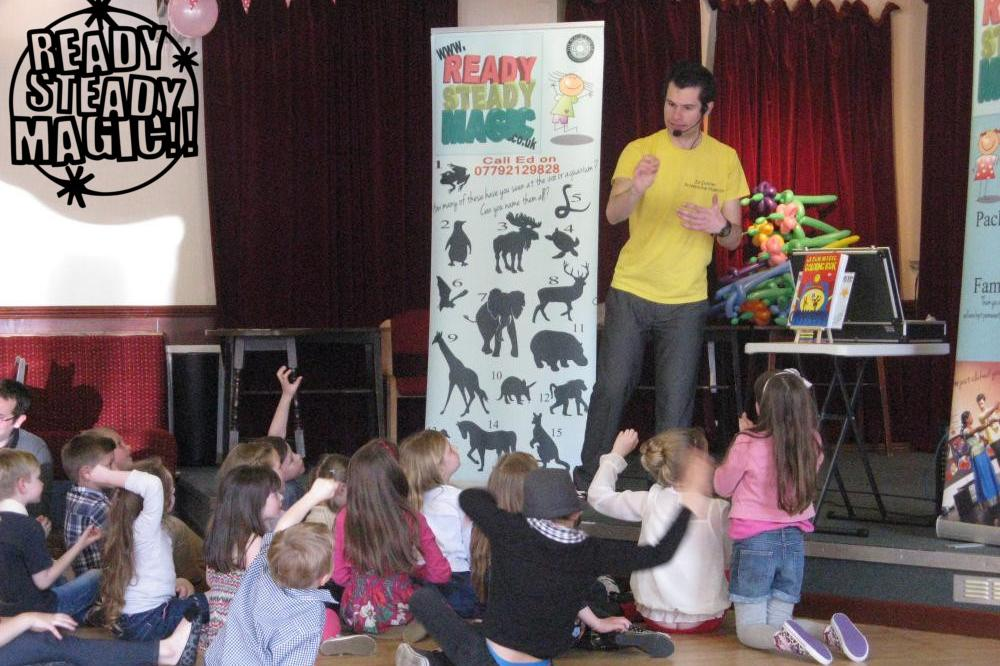 Birmingham Kids Entertainer Birthday Party Packages Ideas Magic