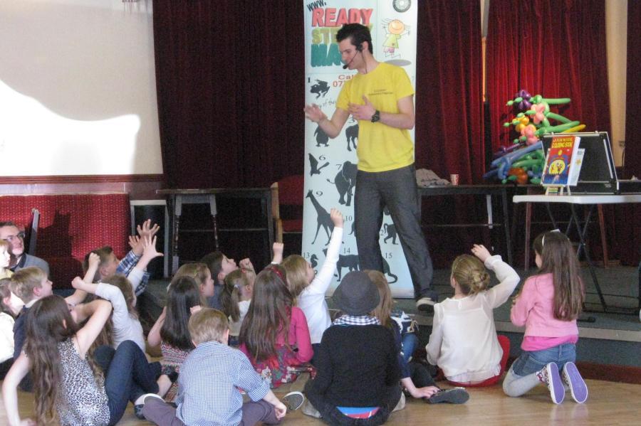 burton on trent childrens entertainer
