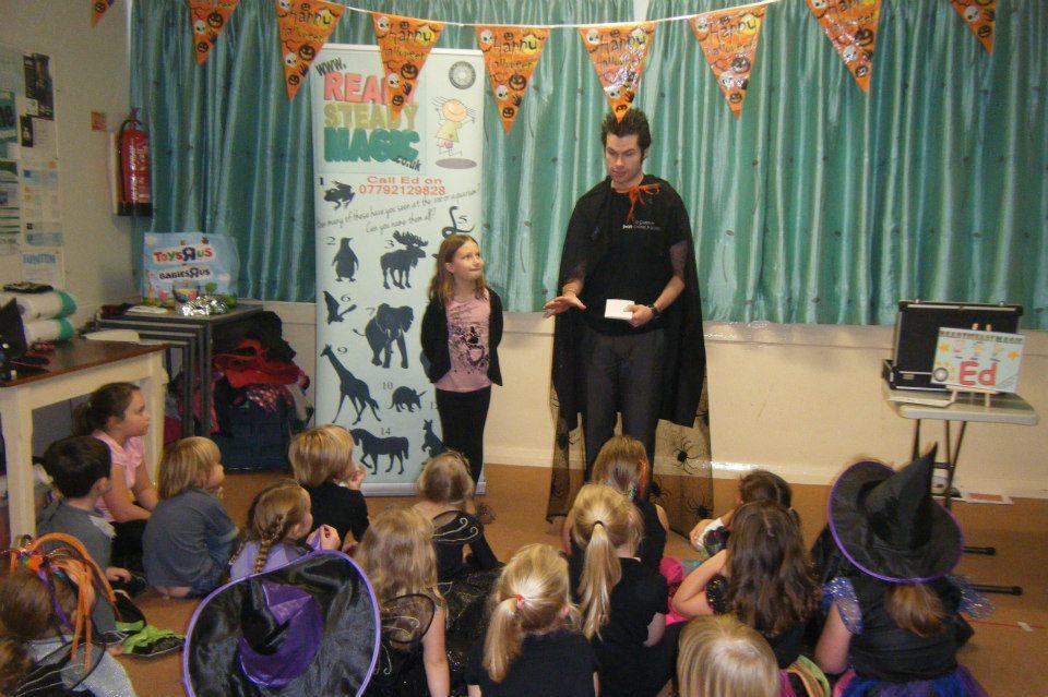halloween childrens magician wolverhampton